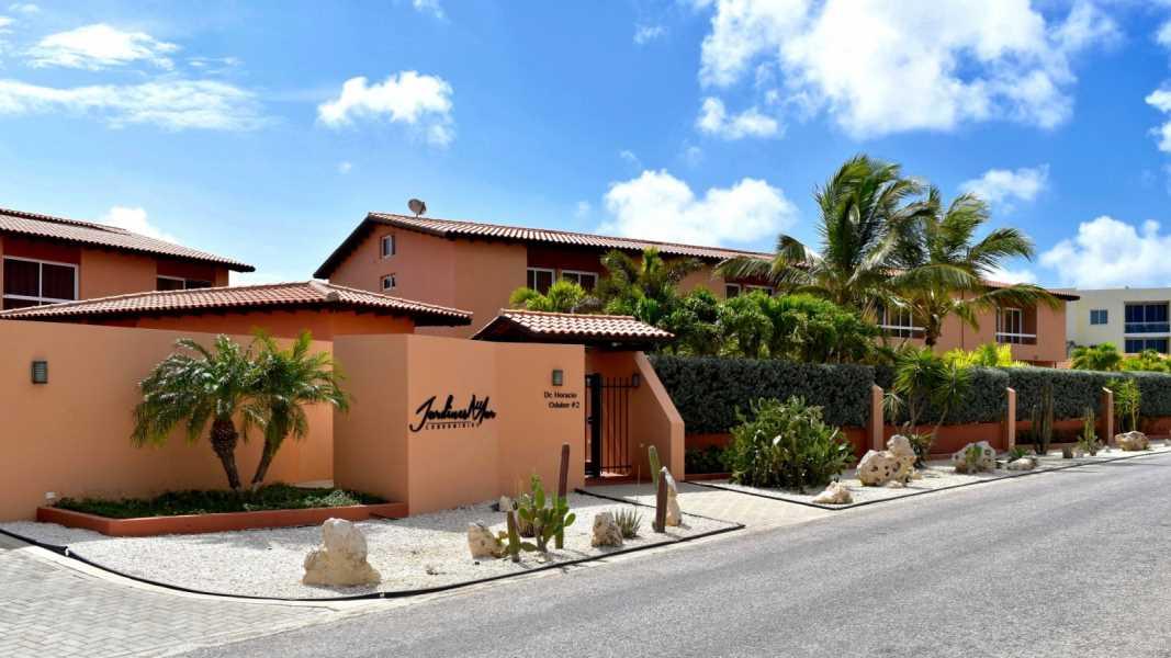 Condo jardines del mar strategic real estate aruba for Casas jardin del mar